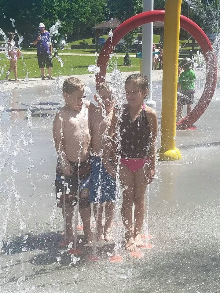 splash park friends
