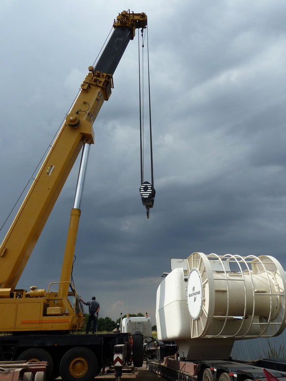 Nacelle Being Unloaded